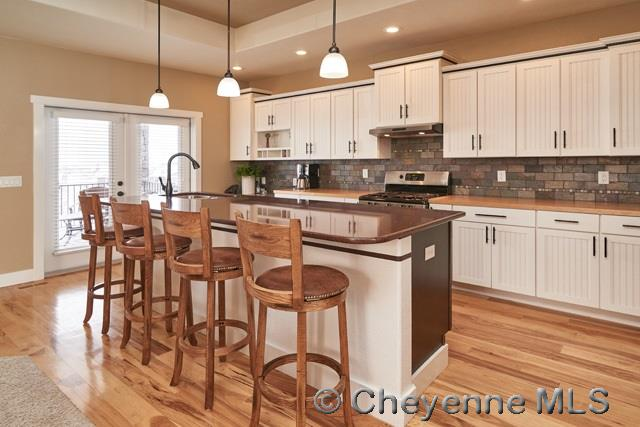 Additional photo for property listing at 7403 Daniel Ct Cheyenne, Wyoming United States