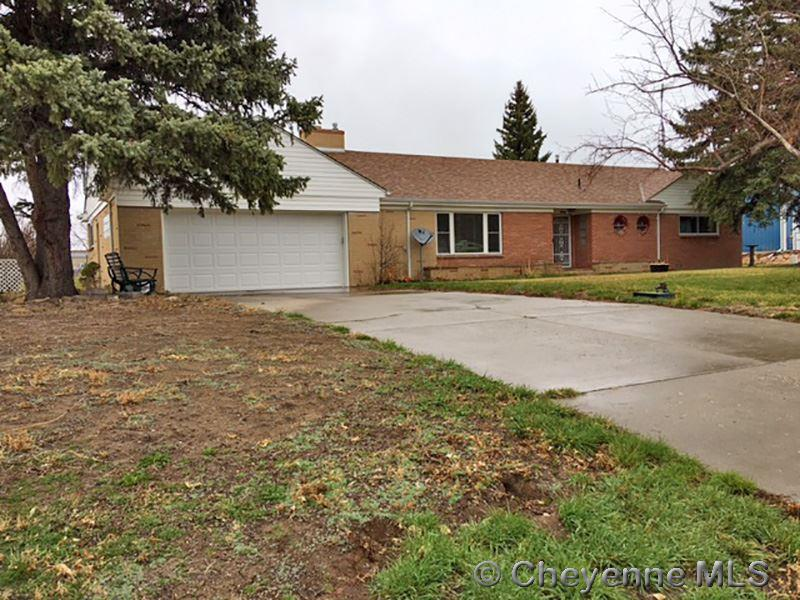 Single Family Home for Sale at 606 A St Glendo, Wyoming United States