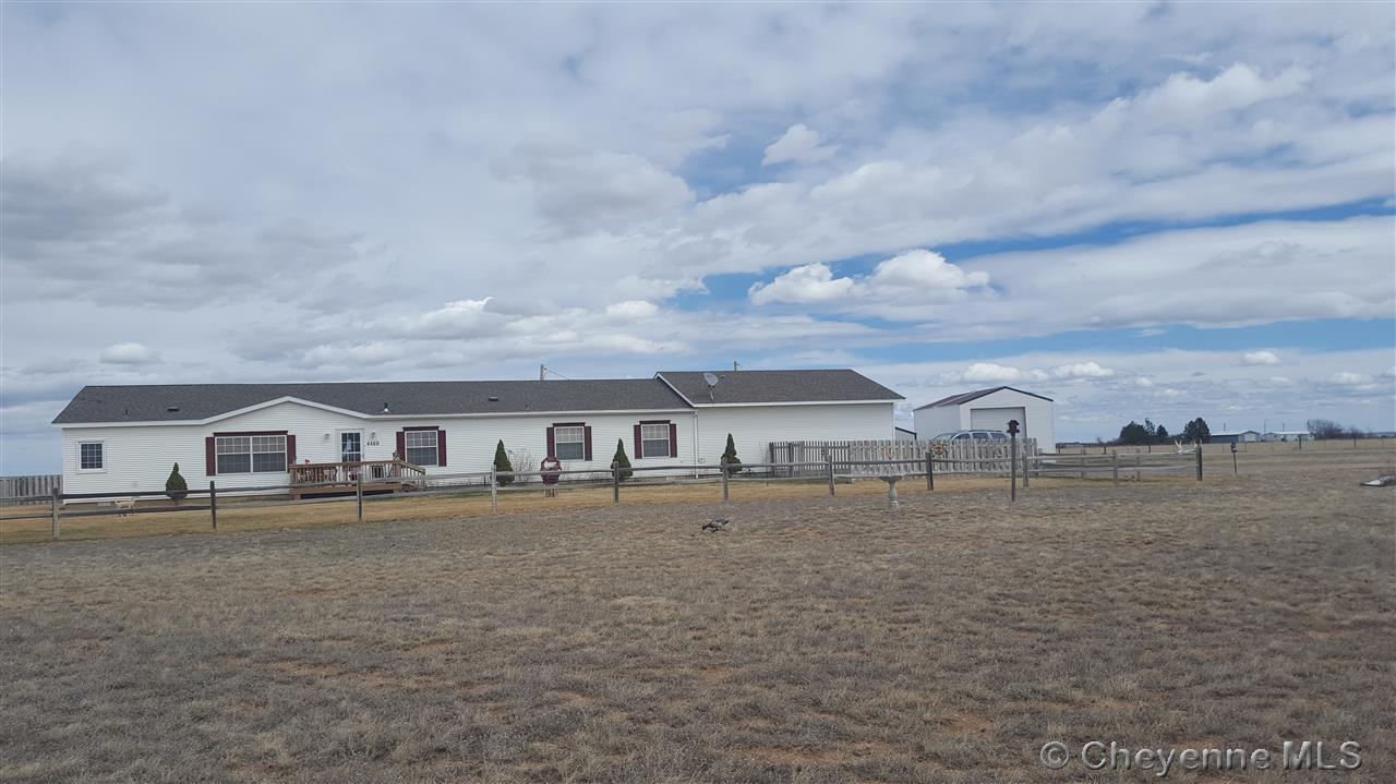 Single Family Home for Sale at 4460 Road 210A Burns, Wyoming United States