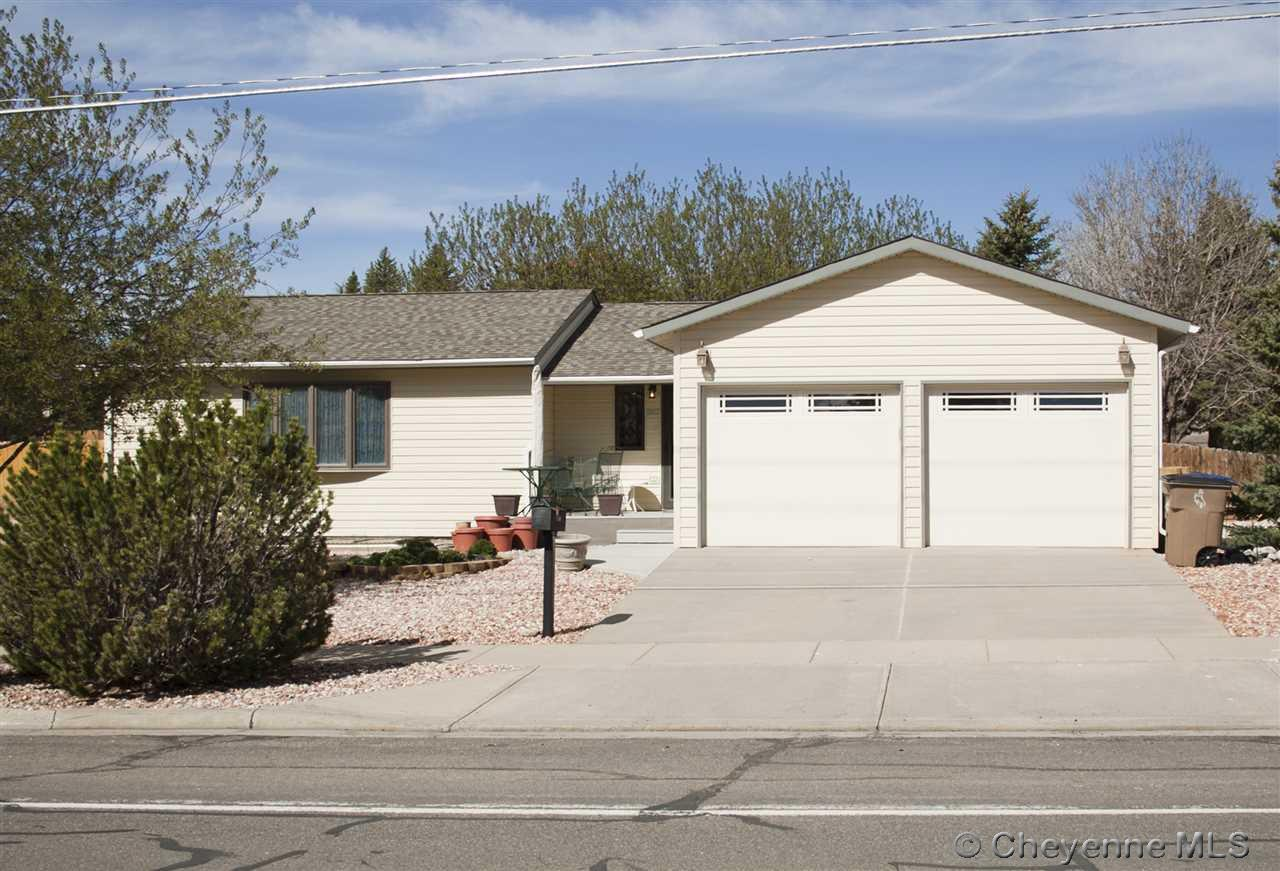 Single Family Home for Sale at 1862 N 22nd St Laramie, Wyoming United States