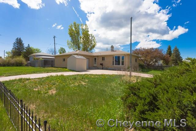 Additional photo for property listing at 4405 E 12th St Cheyenne, Wyoming United States