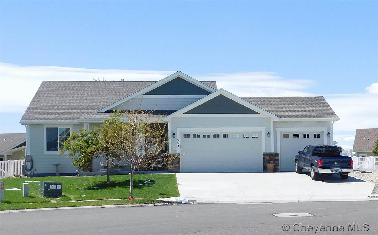 Single Family Home for Sale at 903 Teresa Circle Cheyenne, Wyoming United States