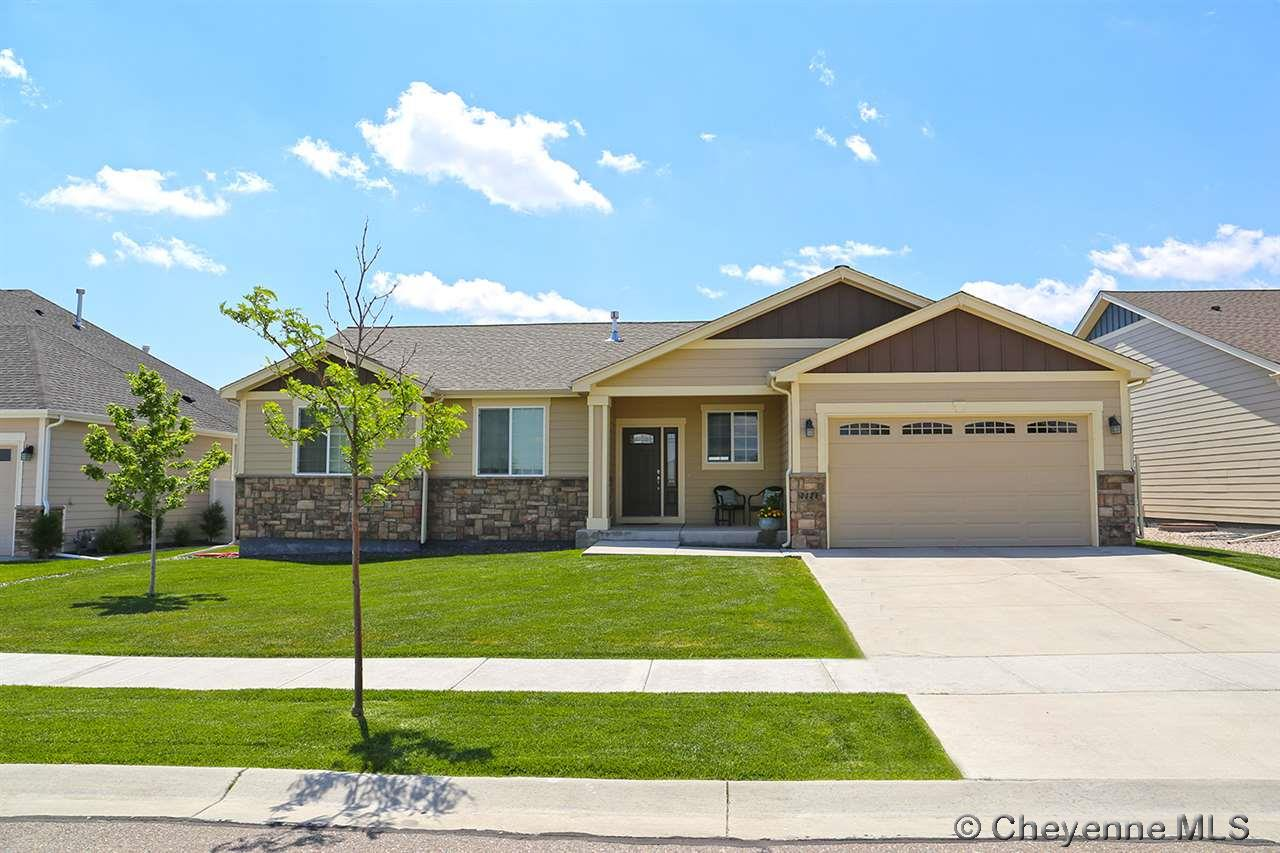 Single Family Home for Sale at 1026 Alyssa Way Cheyenne, Wyoming United States