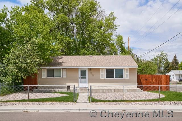 Single Family Home for Sale at 256 Cribbon Ave Cheyenne, Wyoming United States