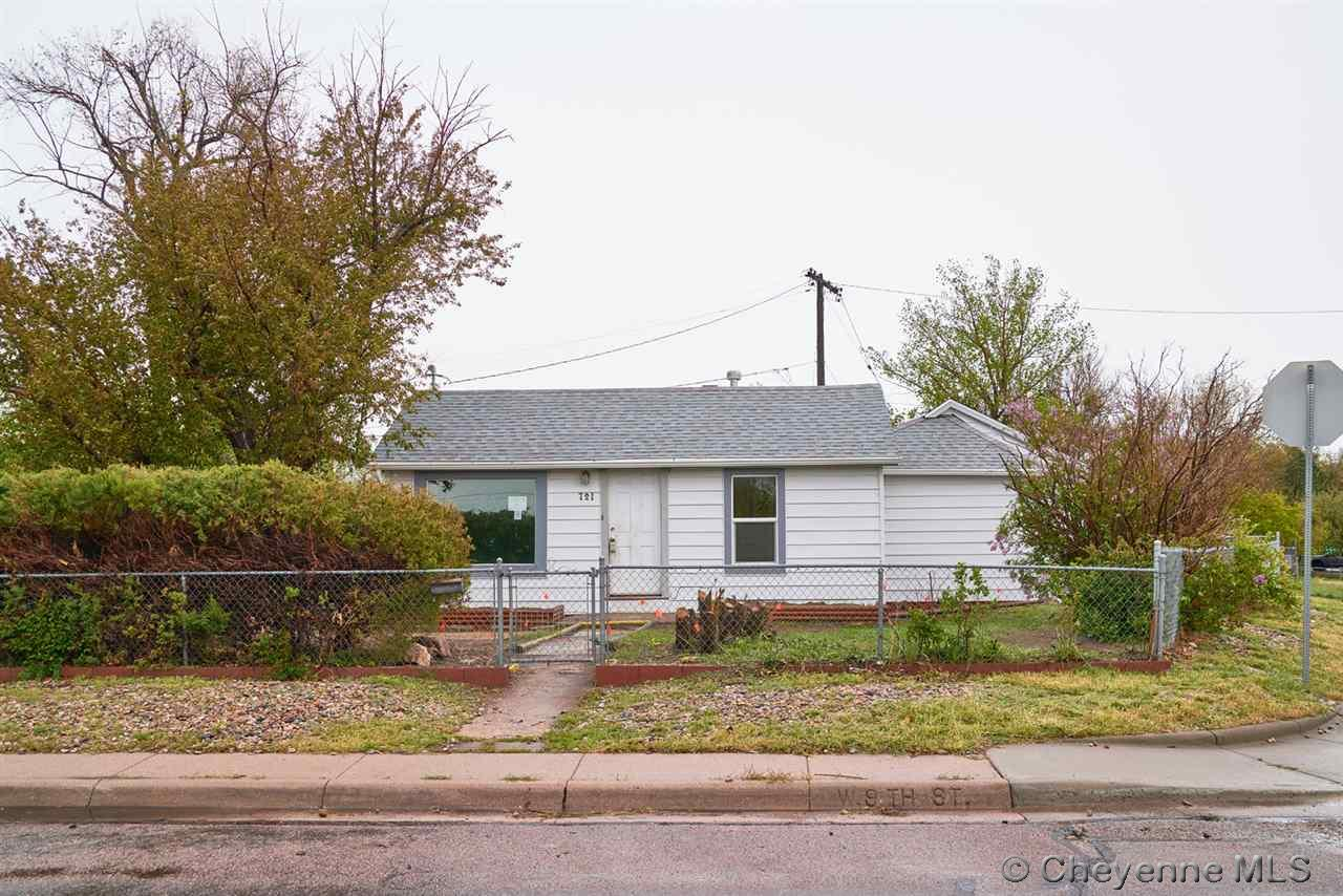 Single Family Home for Sale at 721 W 9th St Cheyenne, Wyoming United States
