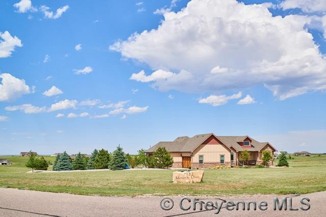 Single Family Home for Sale at 7122 Monarch Dr Cheyenne, Wyoming United States