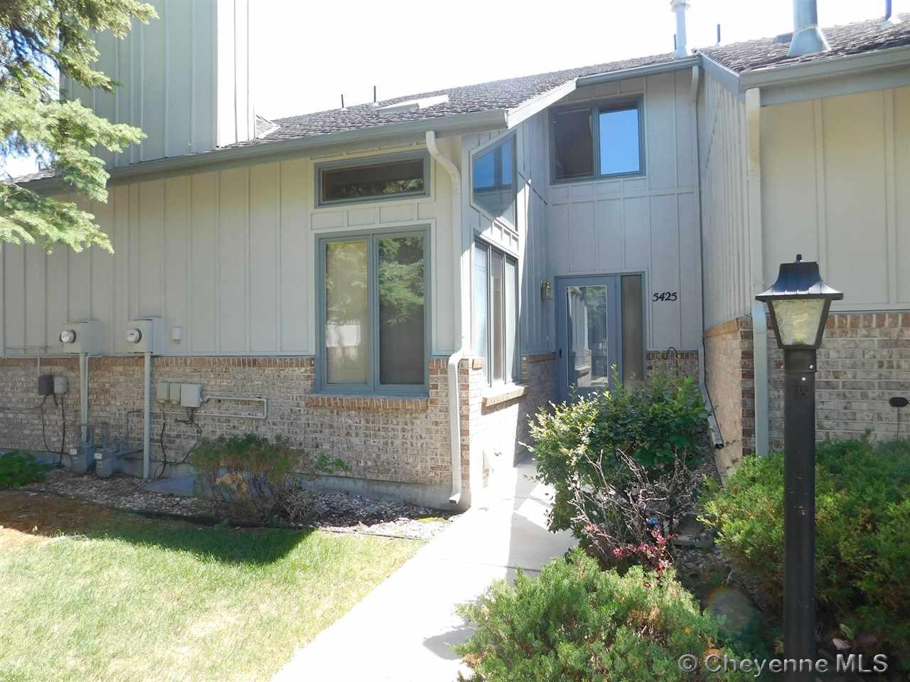 Single Family Home for Sale at 5425 Hynds Blvd Cheyenne, Wyoming United States