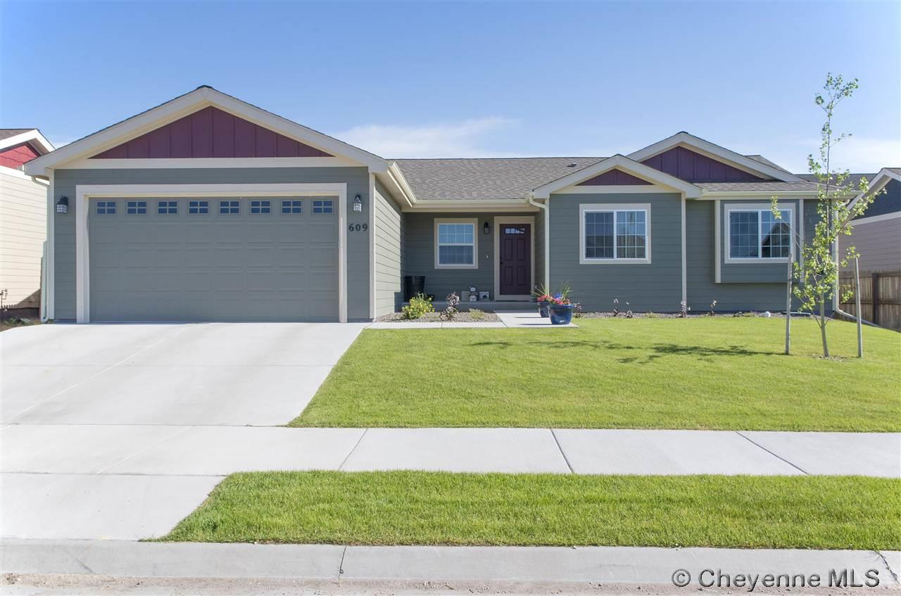 Single Family Home for Sale at 609 Grape St Cheyenne, Wyoming United States