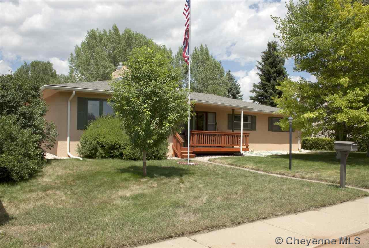 Single Family Home for Sale at 1507 W Hill Rd Laramie, Wyoming United States