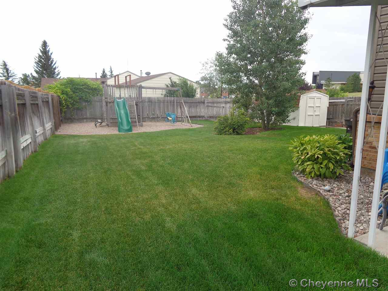 Additional photo for property listing at 5549 Chapel Hill Dr Cheyenne, Wyoming United States