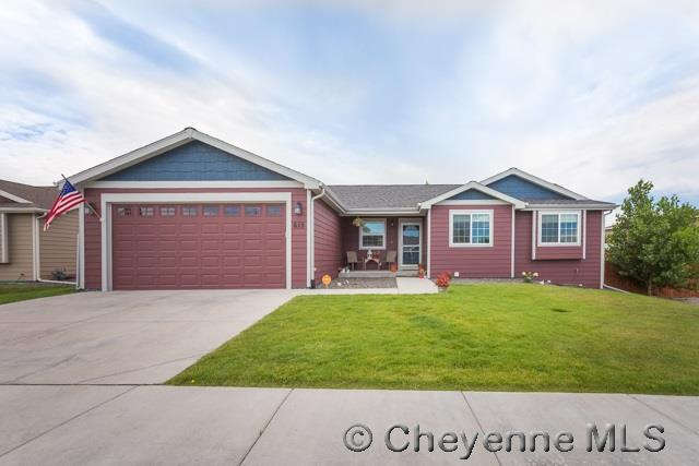 Single Family Home for Sale at 615 Peach St Cheyenne, Wyoming United States