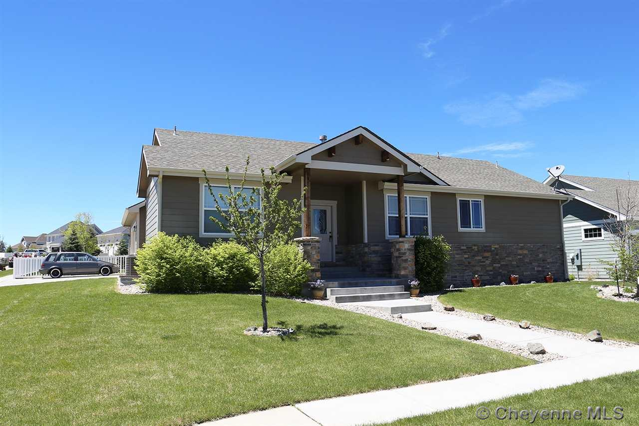 Single Family Home for Sale at 1302 Dorothy Ln Cheyenne, Wyoming United States