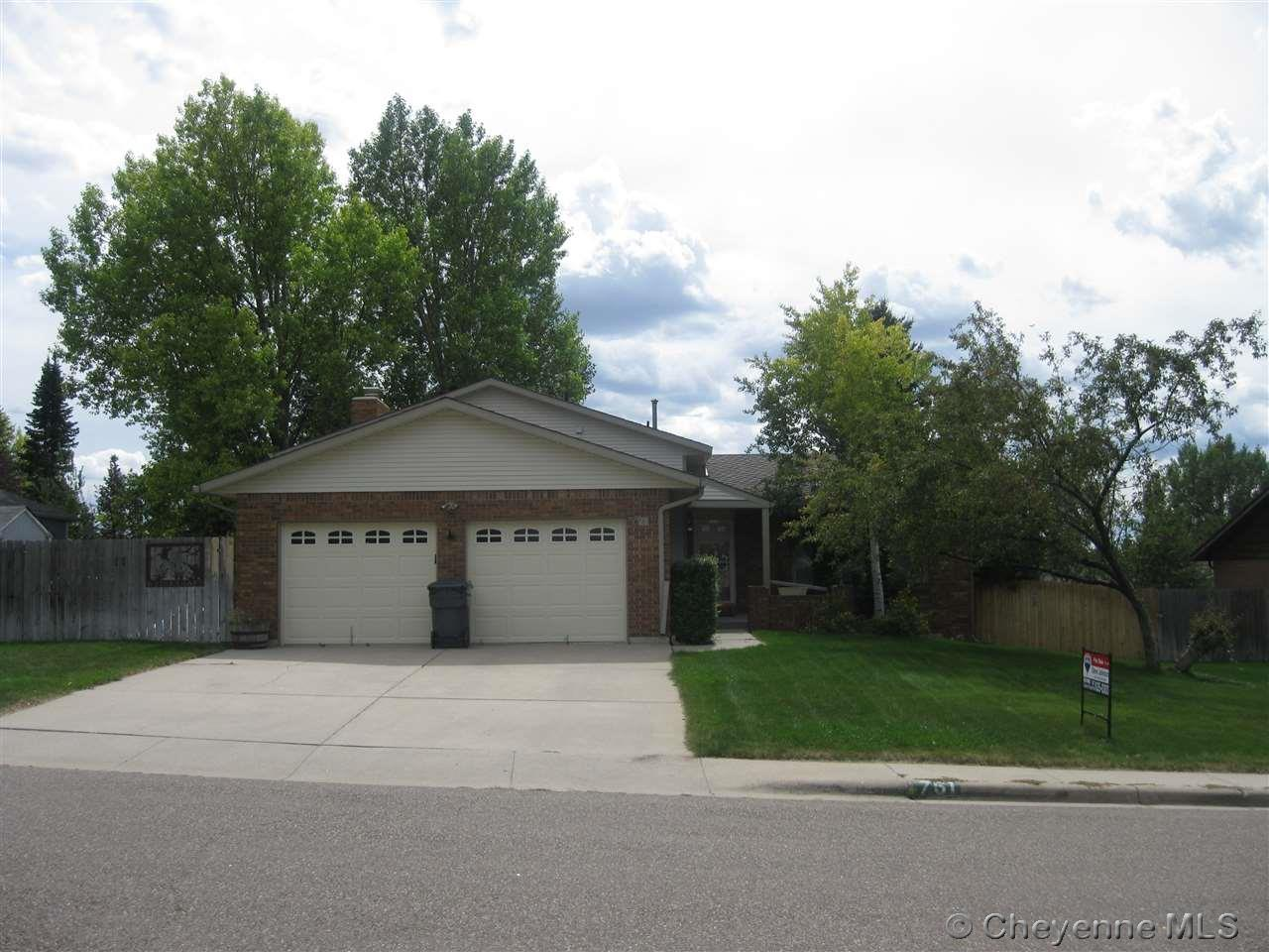 Single Family Home for Sale at 761 Rodeo Ave Cheyenne, Wyoming United States