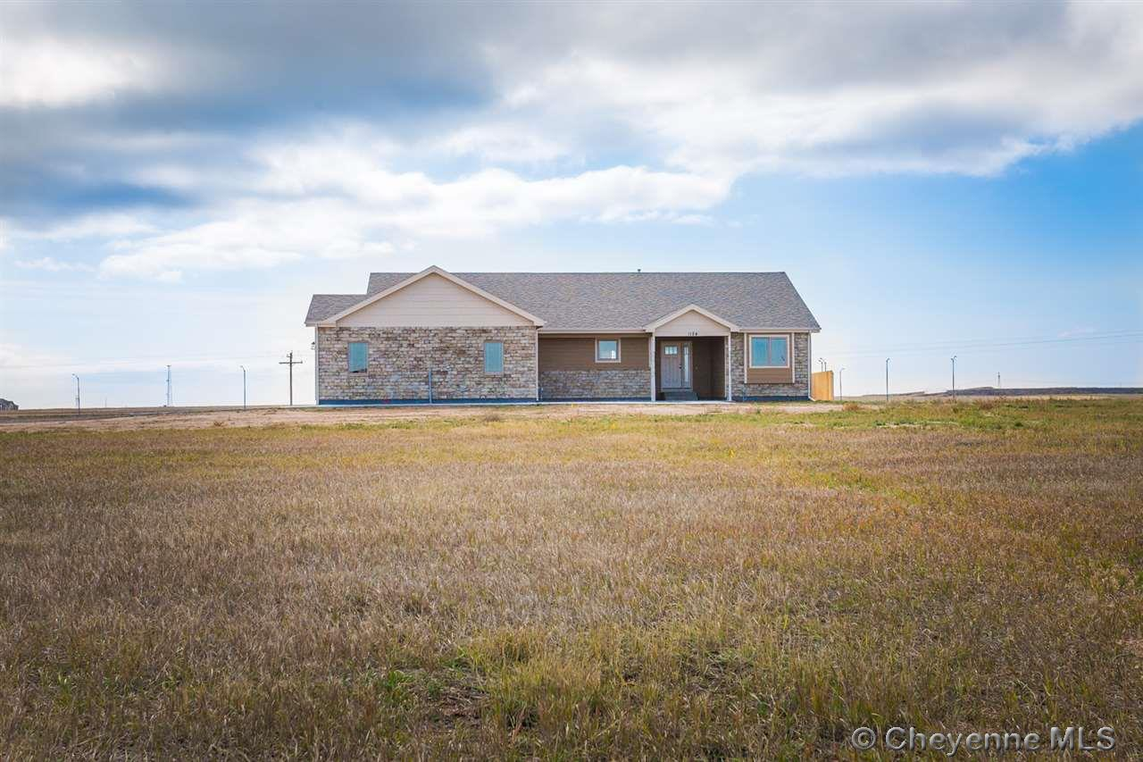Single Family Home for Sale at 1124 Verlan Way Cheyenne, Wyoming United States