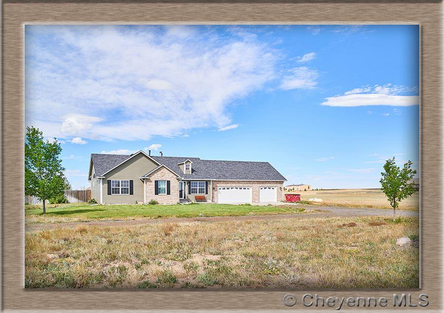 Single Family Home for Sale at 2074 Canyon Dr Cheyenne, Wyoming United States