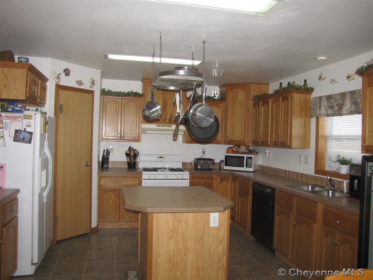 Single Family Home for Sale at 3838 Sunny Glenn Ln Burns, Wyoming United States