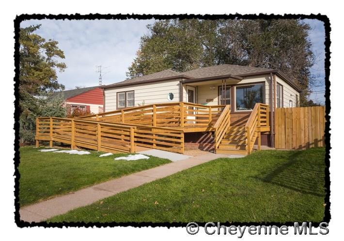 Single Family Home for Sale at 2106 E 18th St Cheyenne, Wyoming United States