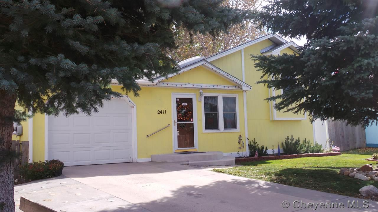 Single Family Home for Sale at 2411 Steve Ave Cheyenne, Wyoming United States