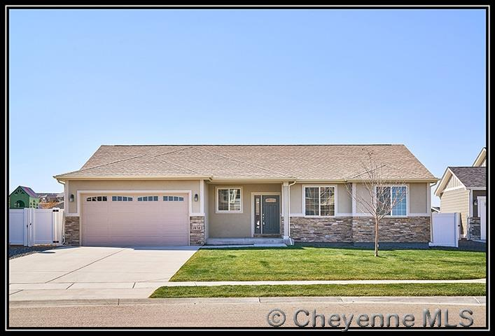 Single Family Home for Sale at 1414 Marie Ln Cheyenne, Wyoming United States
