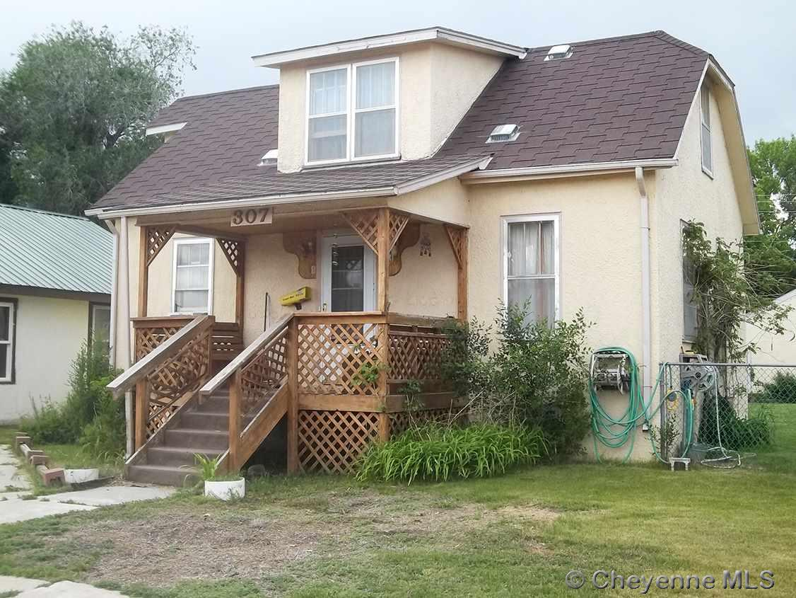 Single Family Home for Sale at 307 S Idaho St Guernsey, Wyoming United States