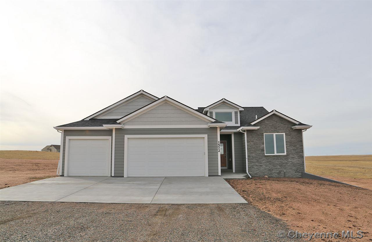 Single Family Home for Sale at 1572 Frentheway Rd Cheyenne, Wyoming United States