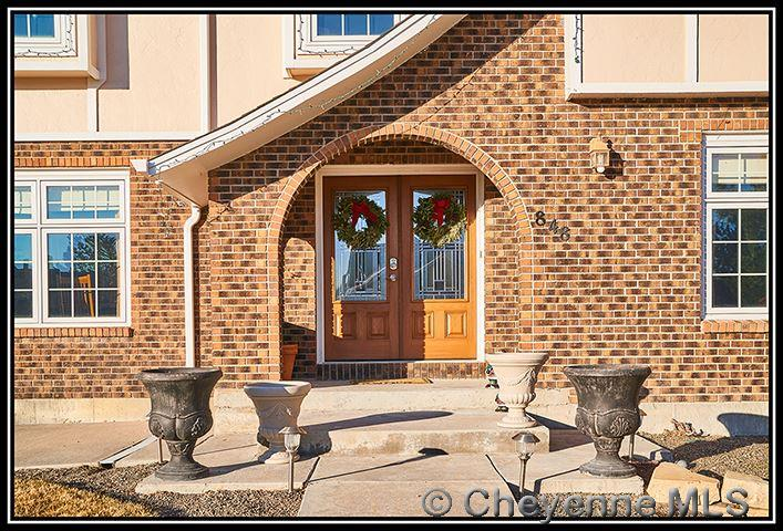 Single Family Home for Sale at 848 Oakhurst Dr Cheyenne, Wyoming United States