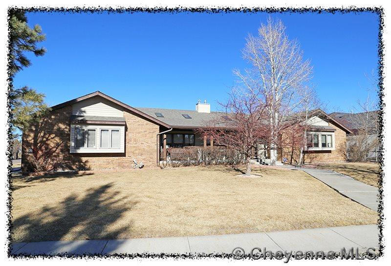 Single Family Home for Sale at 222 Carriage Cir Cheyenne, Wyoming United States