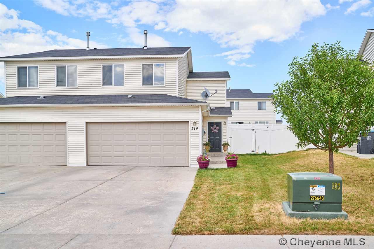 Single Family Home for Sale at 319 Maddies Way Cheyenne, Wyoming United States