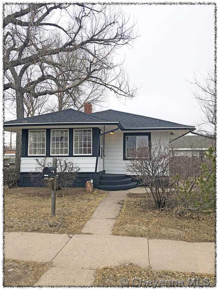 Single Family Home for Sale at 603 E 10th St Cheyenne, Wyoming United States