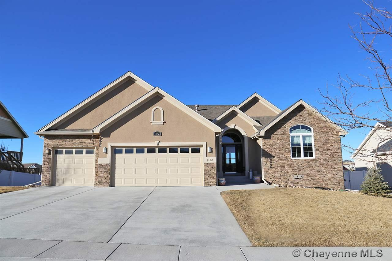 Single Family Home for Sale at 1362 Dorothy Ln Cheyenne, Wyoming United States
