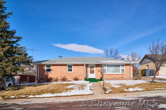 Single Family Home for Sale at 3212 Boxelder Dr Cheyenne, Wyoming United States