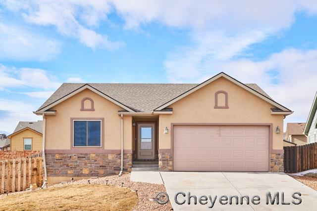 Single Family Home for Sale at 1026 Sonata Ln Cheyenne, Wyoming United States
