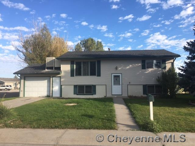 Single Family Home for Sale at 1856 W Spruce St Wheatland, Wyoming United States