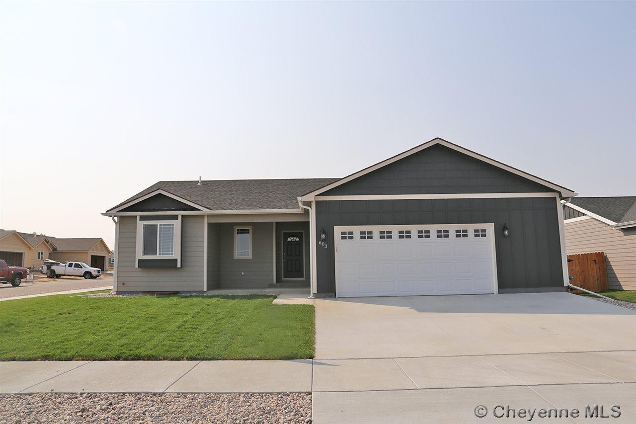 Single Family Home for Sale at 610 Pearl Ct Cheyenne, Wyoming United States