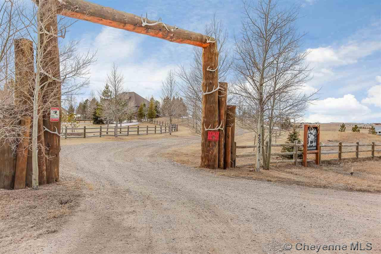 Single Family Home for Sale at 2541 Falling Star Loop Cheyenne, Wyoming United States