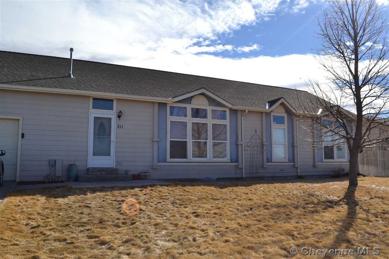 Single Family Home for Sale at 211 Abilene Loop Burns, Wyoming United States