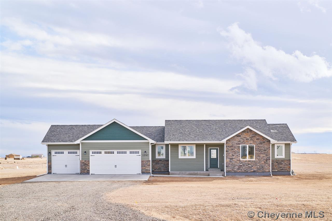 Single Family Home for Sale at 1147 Verlan Way Cheyenne, Wyoming United States