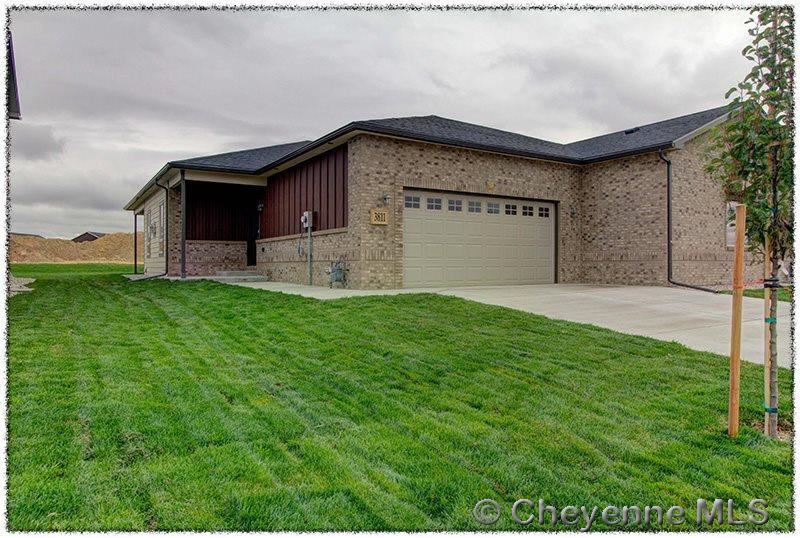Single Family Home for Sale at 2626 Knadler Laramie, Wyoming United States