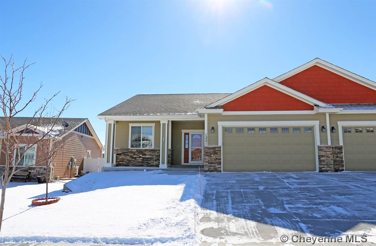 Single Family Home for Sale at 1221 Alyssa Way Cheyenne, Wyoming United States