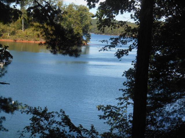 219 Creek Stone, Six Mile, SC 29682