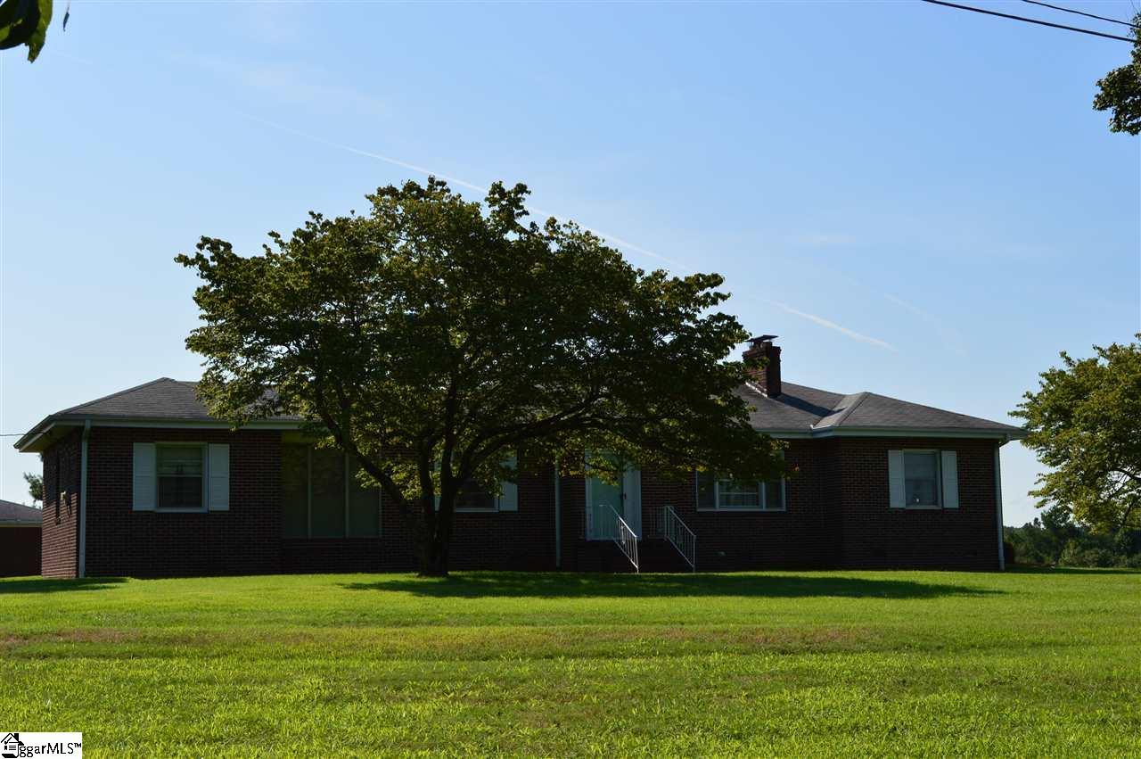 1207 Smith Grove Road, Liberty, SC 29657