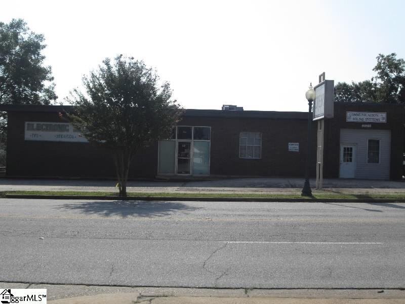 402 N Harper Street, Laurens, SC 29360