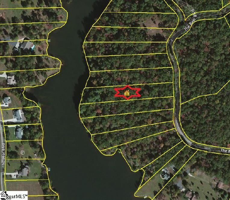 533 The Bear Boulevard, Tamassee, SC 29686