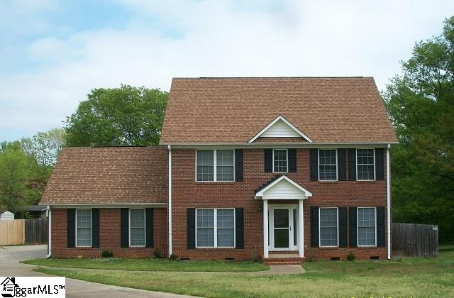 70 Sara Lynn Court, Spartanburg, SC 29307