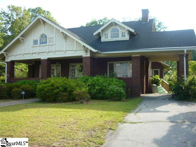 518 HAMPTON Avenue, Pickens, SC 29671