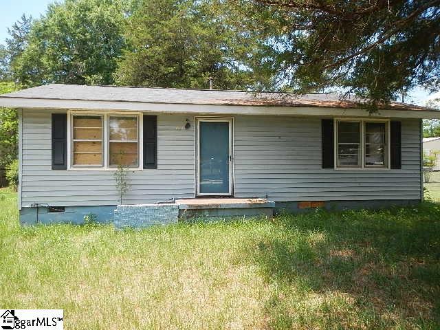 202 Berry Street, Calhoun Falls, SC 29628