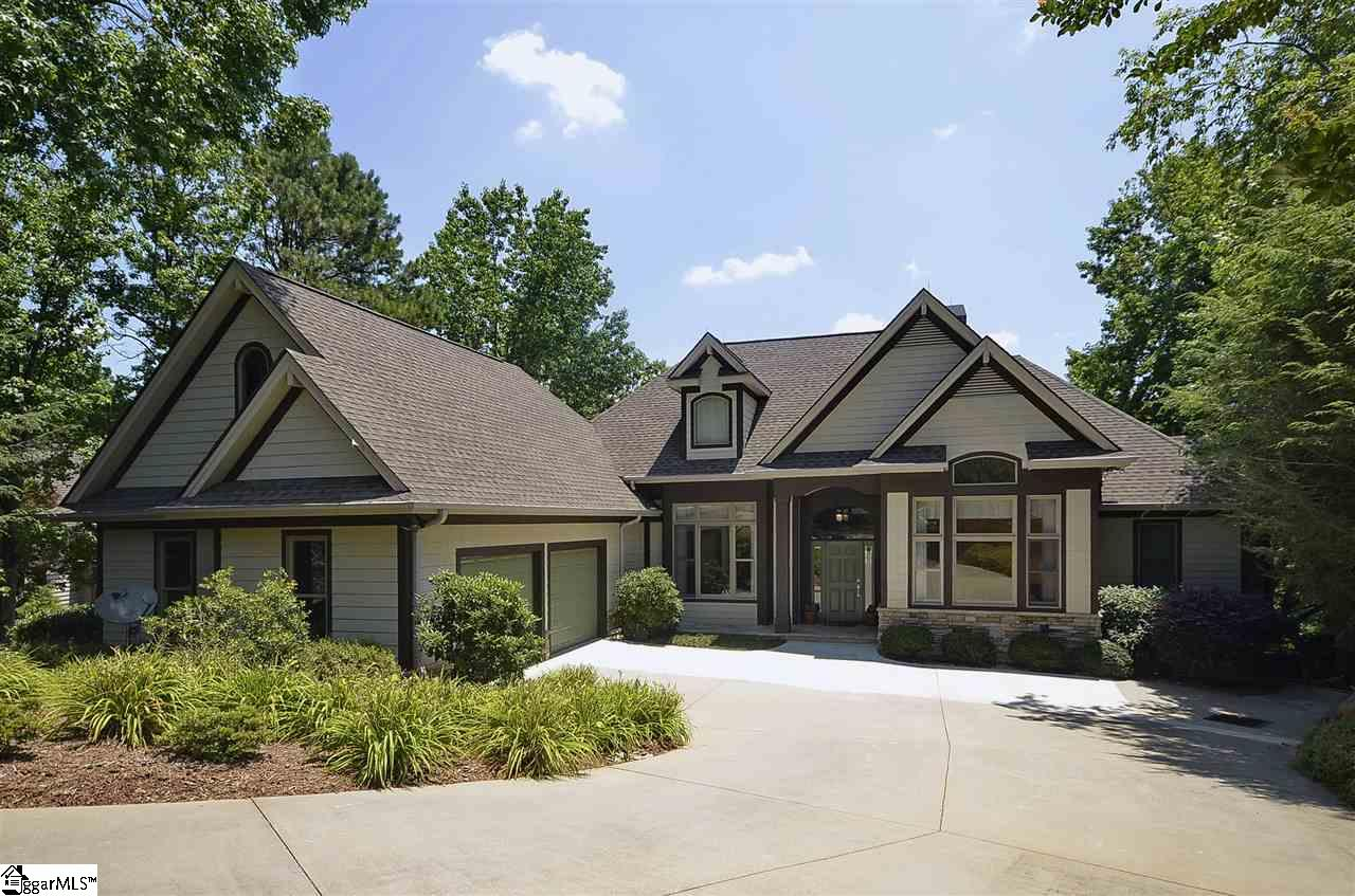 15 Dunmore Lane, Travelers Rest, SC 29690