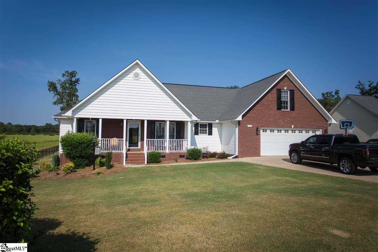316 Summerwood Lane, Boiling Springs, SC 29316