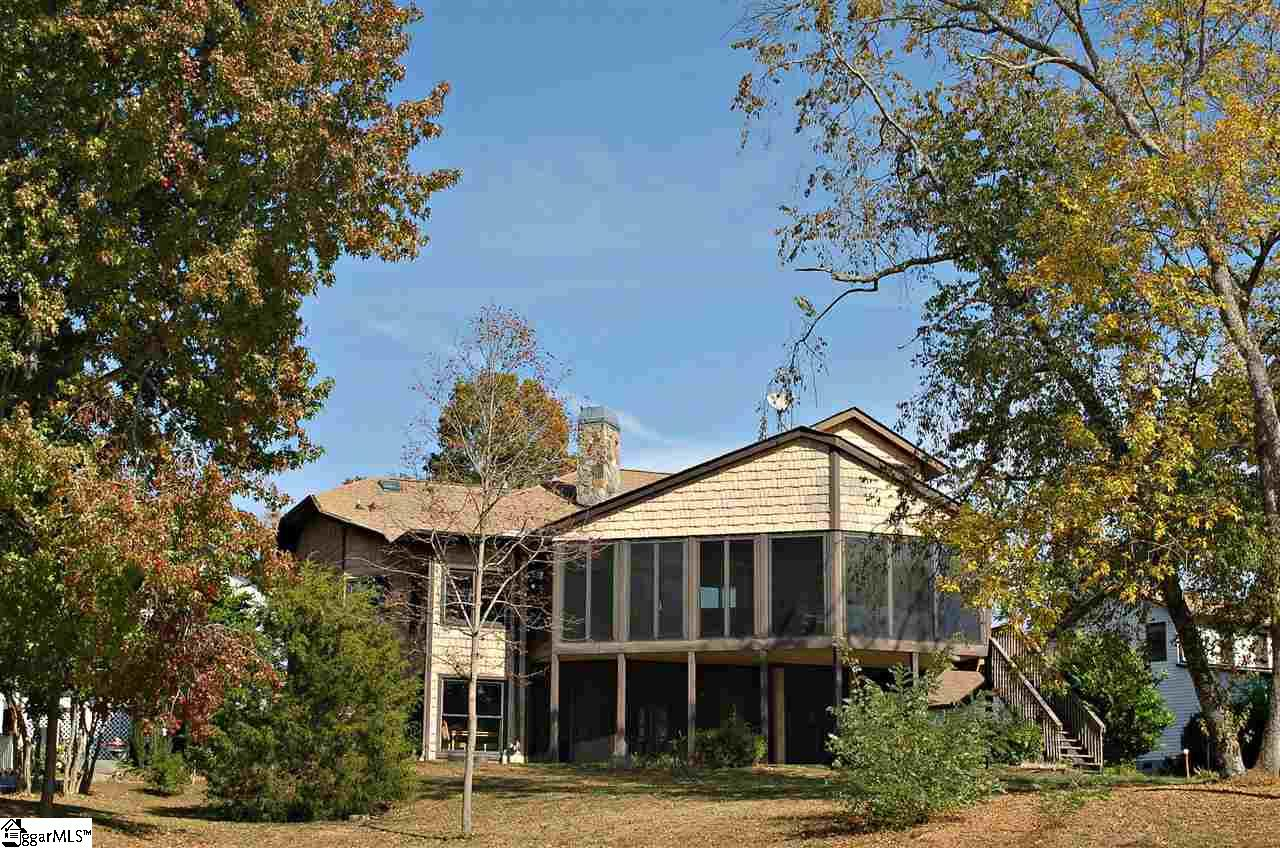 310 Point Place, Westminster, SC 29693