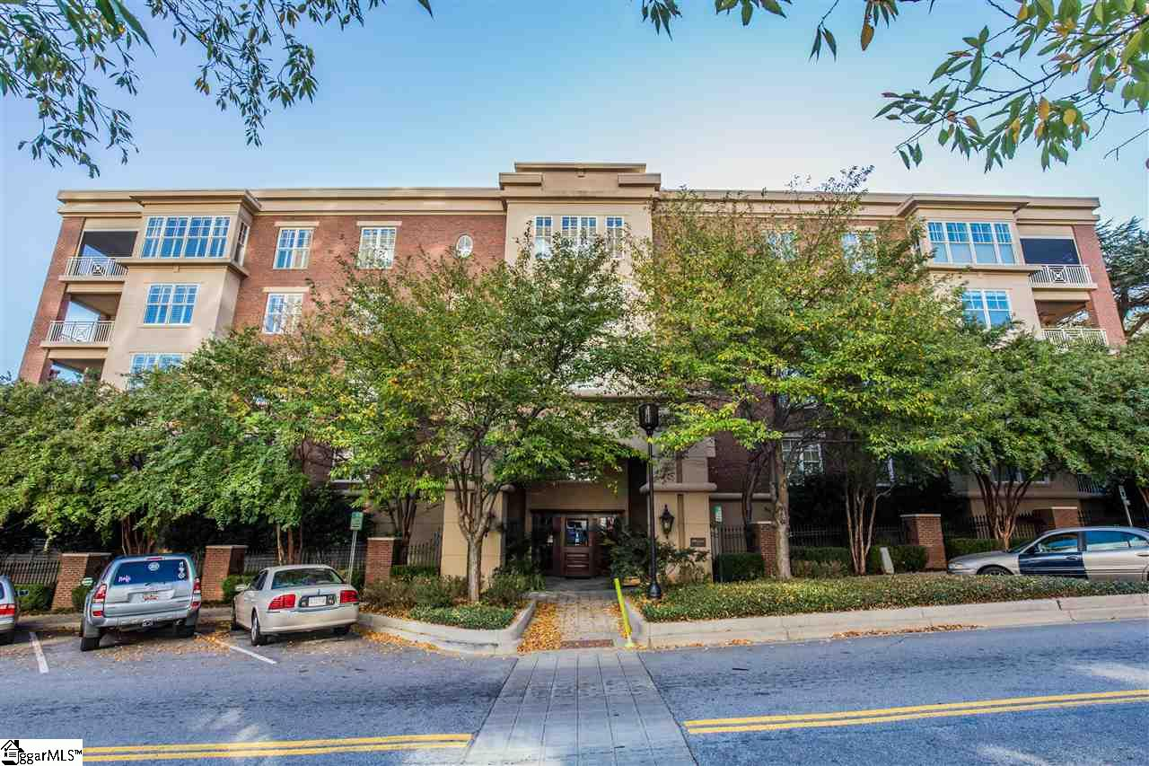 400 N Main Street, Greenville, SC 29601